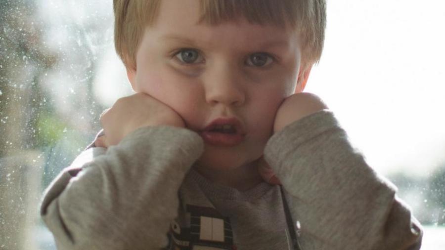 one little trick help sad worried child