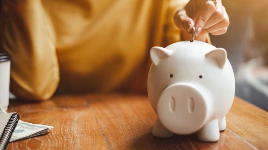 psychology spending and saving money