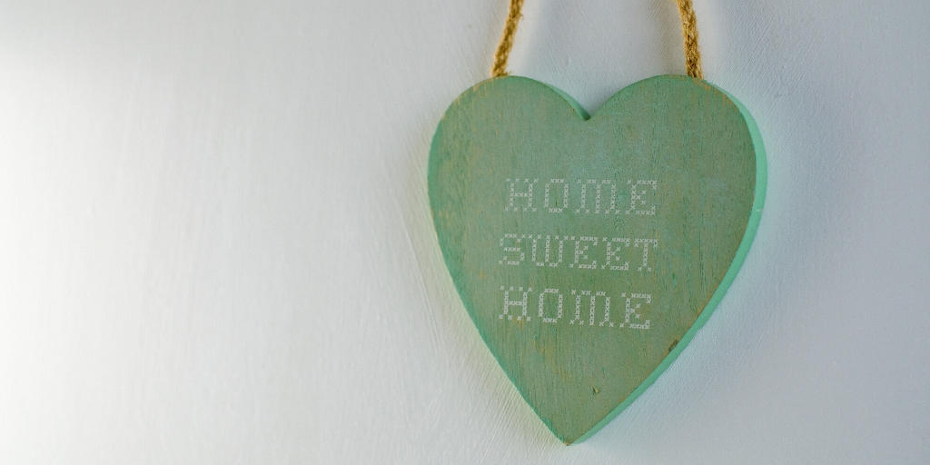 How to make a rented house feel like home (1)