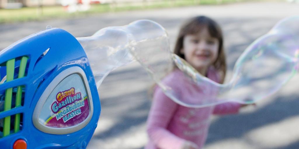 Fun at home Gazillion Bubbles