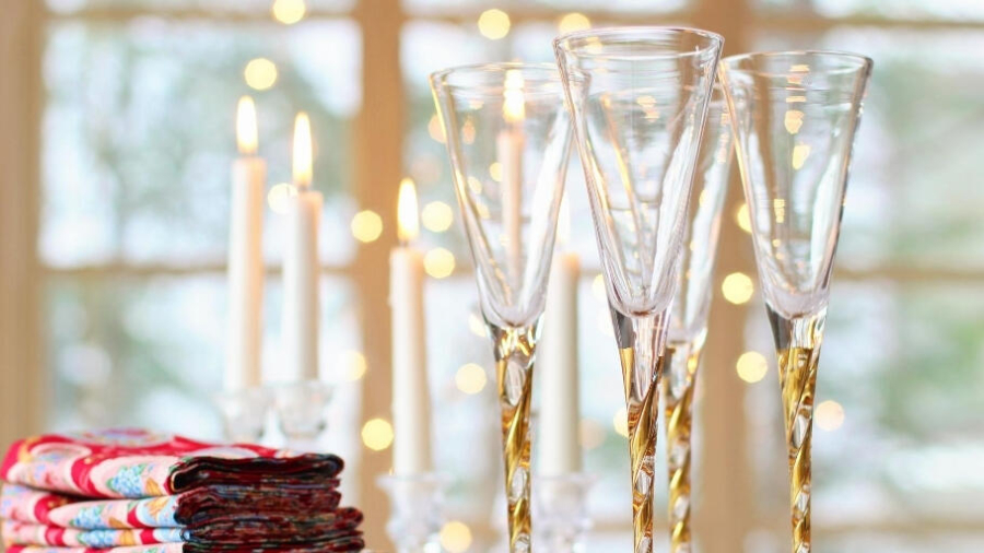 Plan a Christmas party to remember