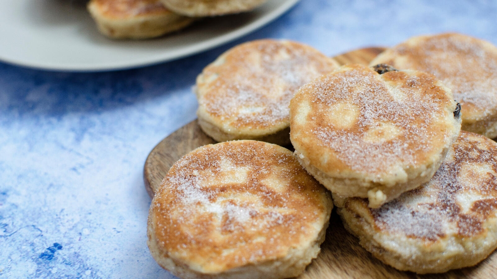 Easy and classic Welsh cakes recipe