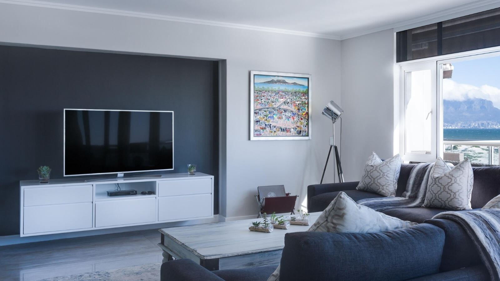 Smart TVs – what makes them so special