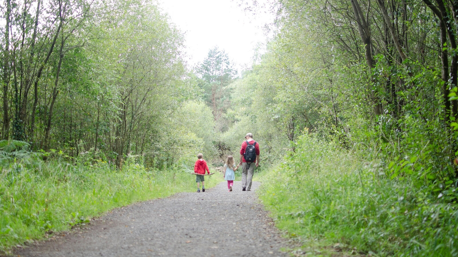 Ideas for fun outdoor family activities to try this summer